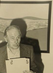 August Friedrich Teschemacher -bei der Herausgabe der Neue Sinnlichkeit 5, 1980 in Hannover - schrieb als A.F.T.in der Hannoverschen Allgemeinen Zeitung und ließ sich von Dietmar Moews ein IBIZARERA malen, nachdem das erste Bild verkauft worden war.