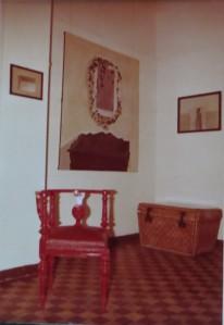 """GERHARD MERKIN """"Efeuranken über der Kommode"""", Öl auf Leinwand, 1973 daneben PETER MARGGRAF """"Bleistiftzeichnungen, 1973 sowie """"alte Möbel"""""""