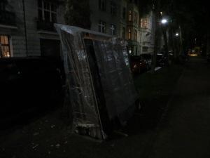 ZUGINSFELD am 5. Juli 2014 mit Regen in der Mainzer Straße, Köln Südstadt (nördlich Eierplätzchen)