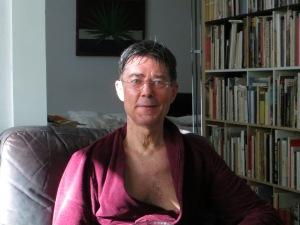 Dietmar Moewsam 7. August 2014 in Köln nach einem zehn Km-Lauf mit einem Ohr im Sonnenschein
